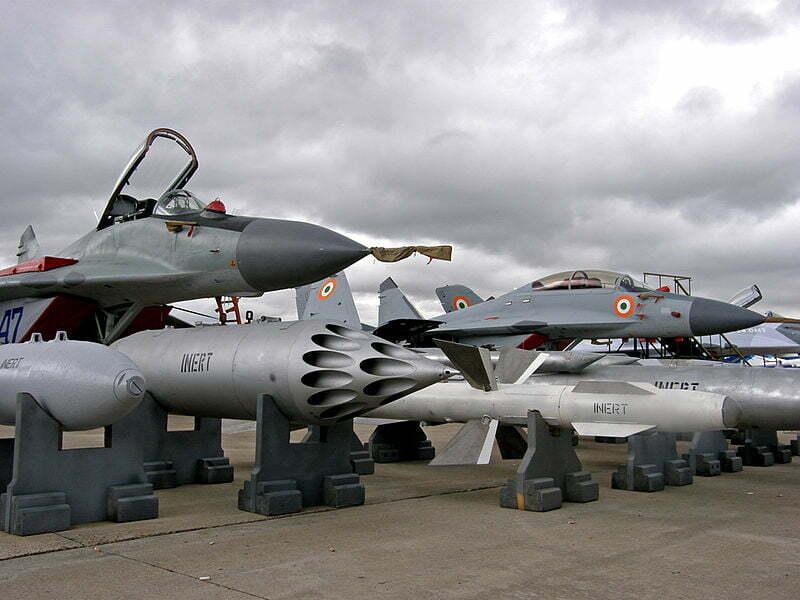 Micoyan&Gurevich_MiG-29_&_MiG-29KUB_(4321424425)