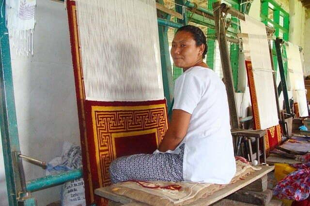 carpet-weaving-195511_640