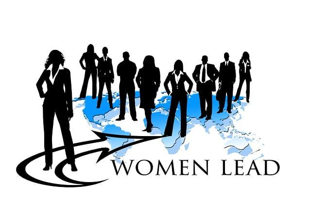 businesswoman-453487_640