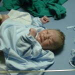 new-born-702548_640