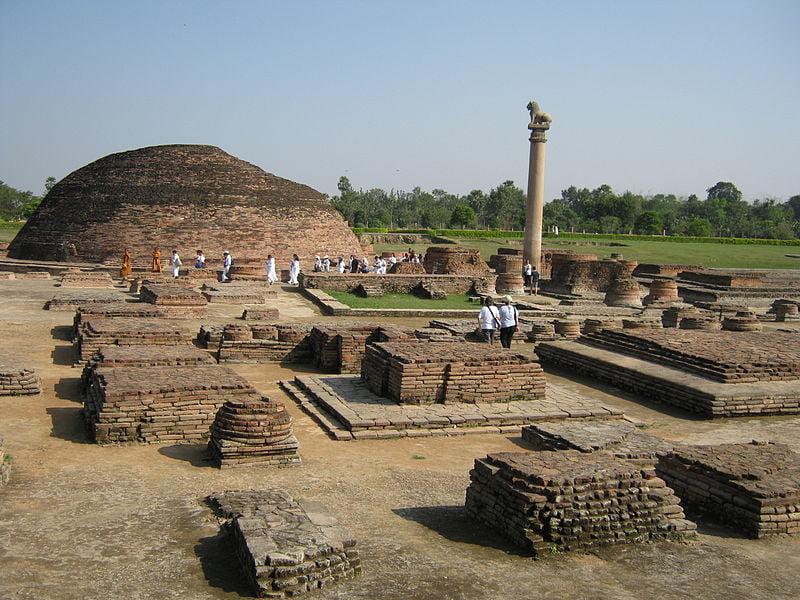 Ashokan_Pillar_in_Vaishali