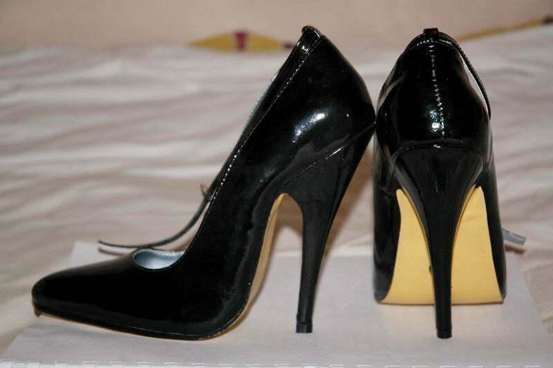Stilettos-heels-b