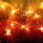 sparklers-597106_640