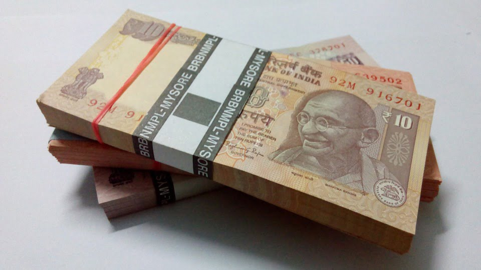 indian-currency-523221_960_720