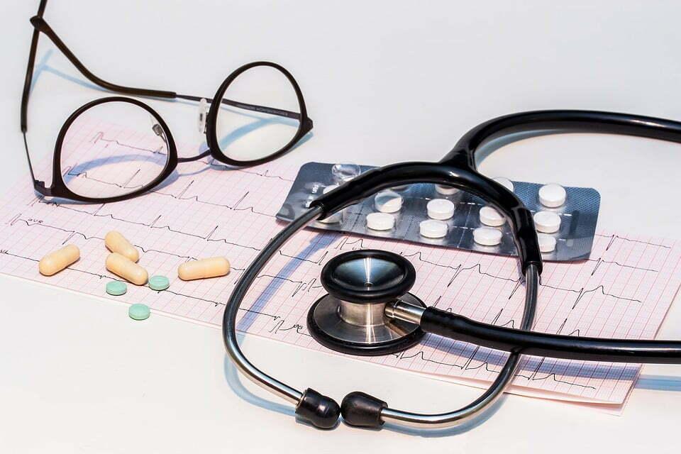 Ecg stethoscope and medicines