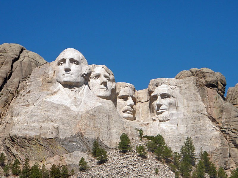Sculpture depicting faces of U.S. Presidents POTUS on Mount Rushmore