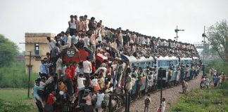 population crowded train
