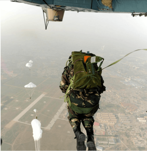 PLA paratroopers